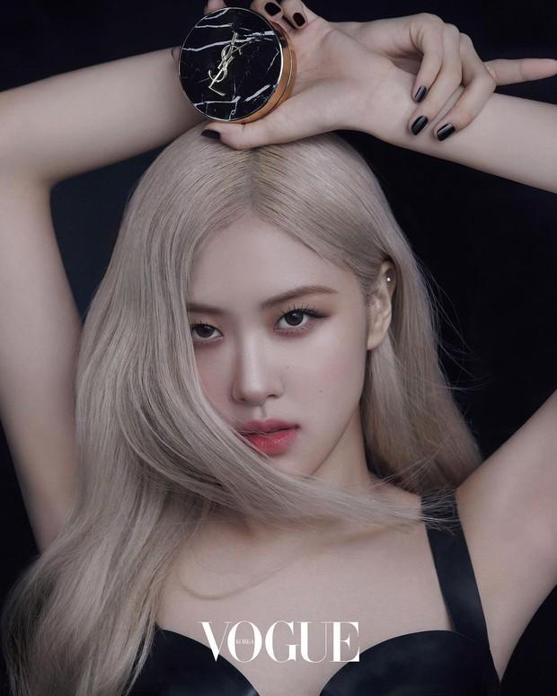 beberapa waktu lalu, VOGUE Korea merilis foto Rose dan mengumumkan bahwa Rose juga telah terpilih sebagai muse baru dari YSL Beauty.