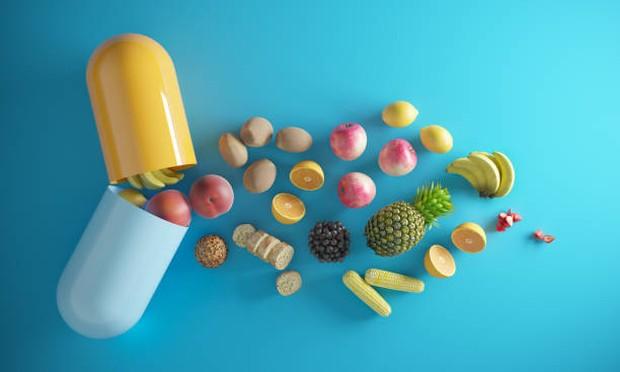 Untuk menambah kandungan vitamin dalam tubuh bisa mengonsumsi vitamin dalam bentuk kapsul / Foto: istockphoto.com