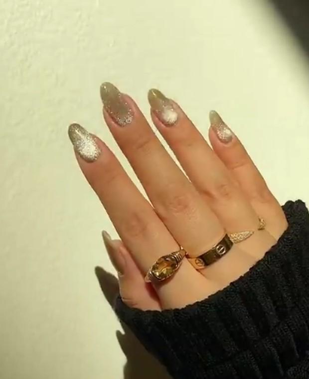 velvety nail art