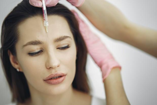 Botox dapat menghilangkan kerutan di dahi