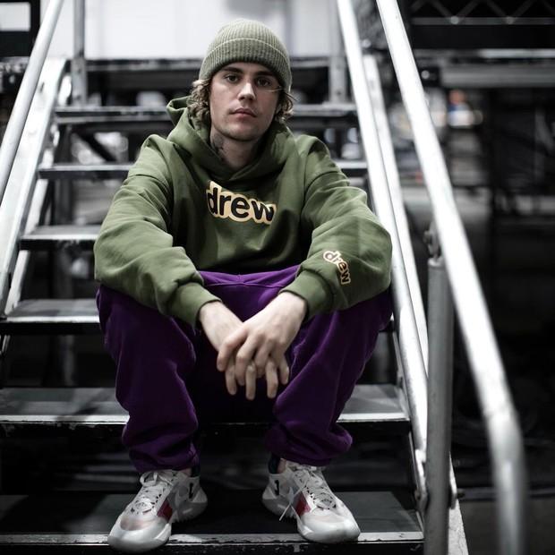Justin Bieber meraih empat nominasi dalam Grammy Awards 2021, tapi alasan dia kesal dan protes bukanlah karena dia tidak masuk nominasi.