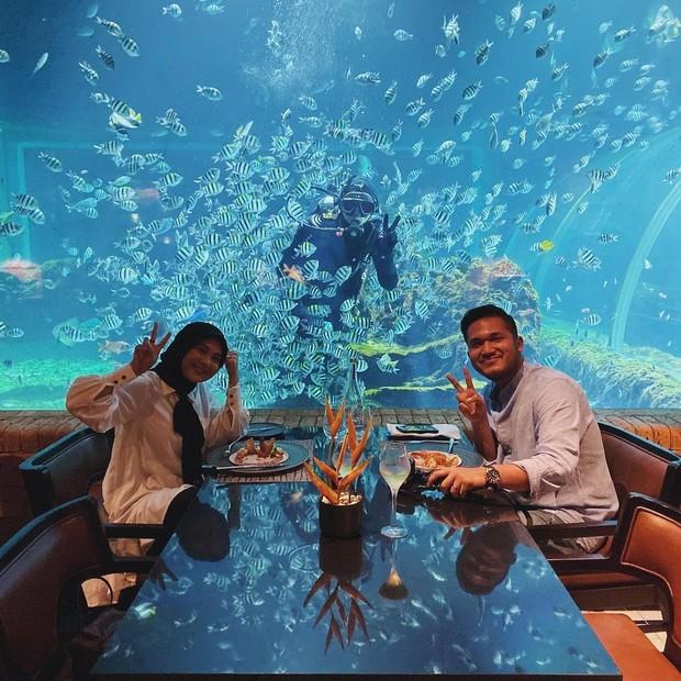 Kesha dan Adhi melakukan dinner bersama/instagram.com/adhipermana_