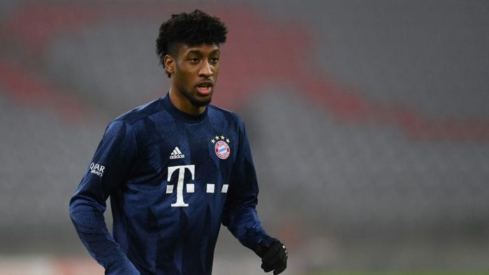 Bayern Munichs French forward Kingsley Coman warms up ahead the German first division Bundesliga football match between Bayern Munich and Vfl Wolfsburg on December 16, 2020 in Munich. (Photo by Christof STACHE / POOL / AFP) / DFL REGULATIONS PROHIBIT ANY USE OF PHOTOGRAPHS AS IMAGE SEQUENCES AND/OR QUASI-VIDEO