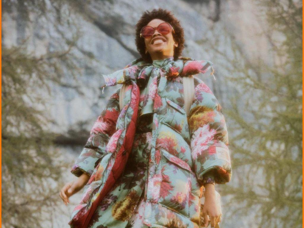 Koleksi The North Face x Gucci Dirilis, Ada Tenda dan Sleeping Bag Mewah