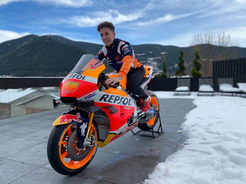 Pol Espargaro Siap Jadi Pusat Perhatian di Repsol Honda