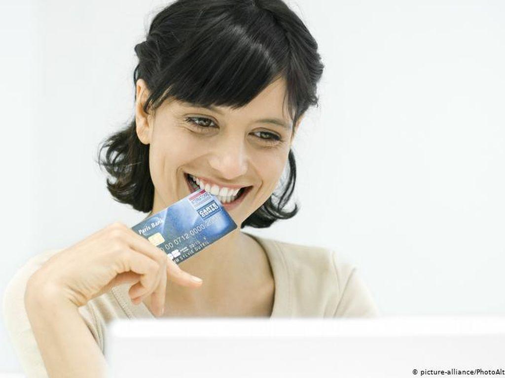 Pembayaran Nontunai dengan Kartu dan Aplikasi Digital Makin Populer di Jerman