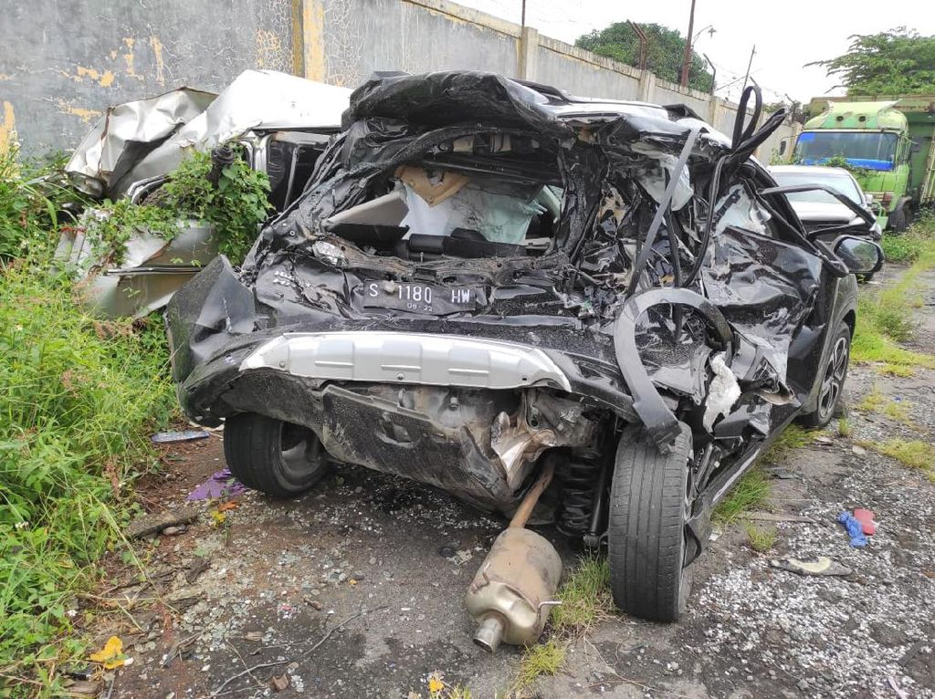 Berkaca dari Kasus Kecelakaan Chacha Sherly, Seatbelt Itu Penting!
