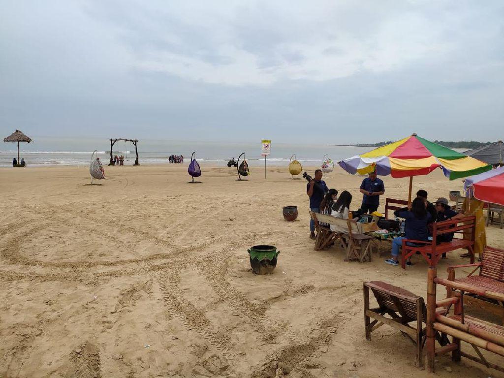 Pantai Tlangoh Bangkalan Kini Jadi Destinasi Baru Wisata Keluarga