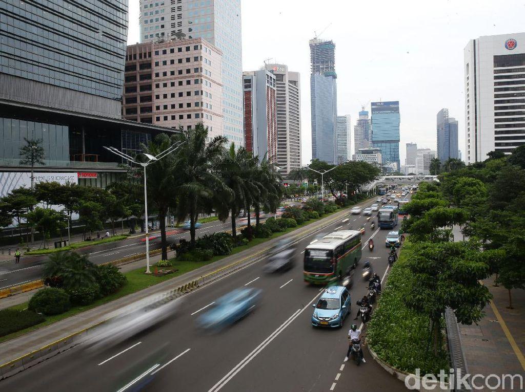 Dishub DKI: Volume Lalin Turun di Hari Pertama PSBB Ketat DKI, Pesepeda Naik