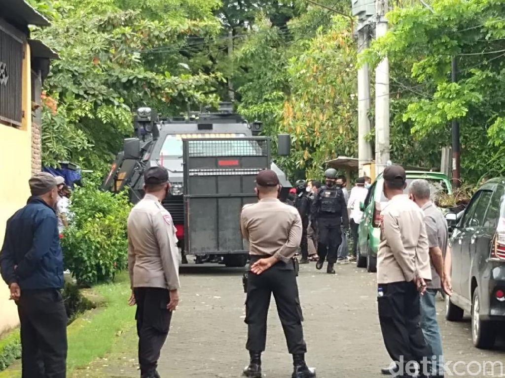 Termasuk 2 Tewas, Total 20 Terduga Teroris Ditangkap Serentak di Makassar