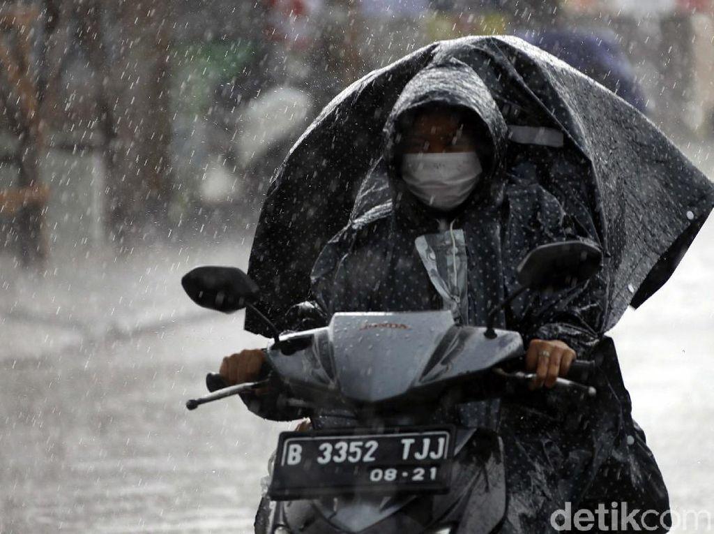 BMKG Peringati Cuaca Ekstrem di Indonesia