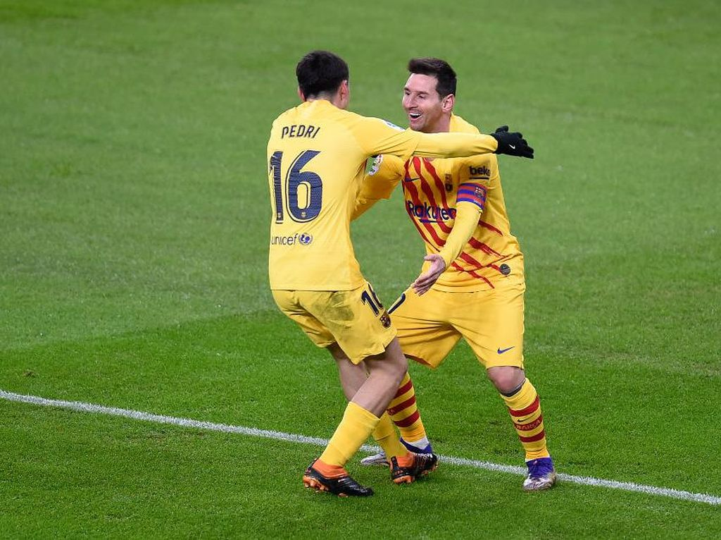 Pedri Terinspirasi Iniesta Jadi Pelayan Messi