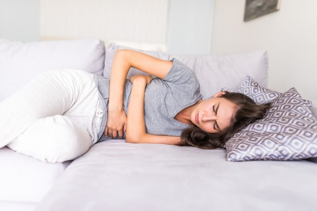 Oatmeal dapat mengatasi masalah pencernaan.