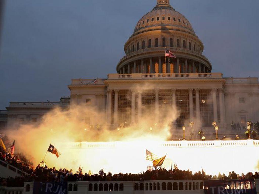Usai Kerusuhan Capitol Bikin Pejabat Paman Sam Mundur Ramai-ramai