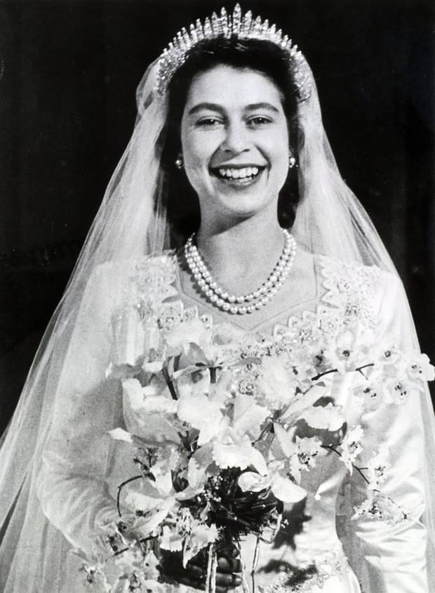 Pernah patah sebelum acara pernikahan Ratu Elizabeth dan Pangeran Philip.