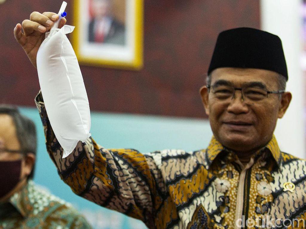 Menko PMK: Karantina Terbatas Perintah Presiden Sudah Lama, tapi Tak Jalan