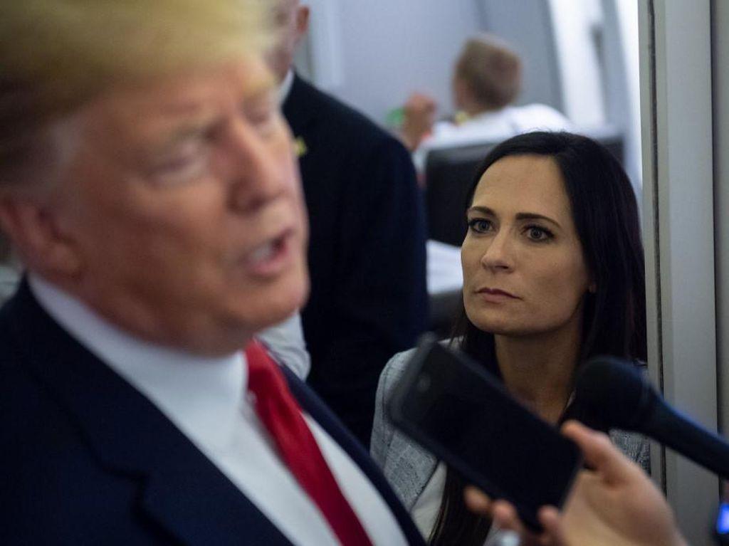 2 Pejabat Gedung Putih Mundur Usai Massa Trump Serbu Capitol
