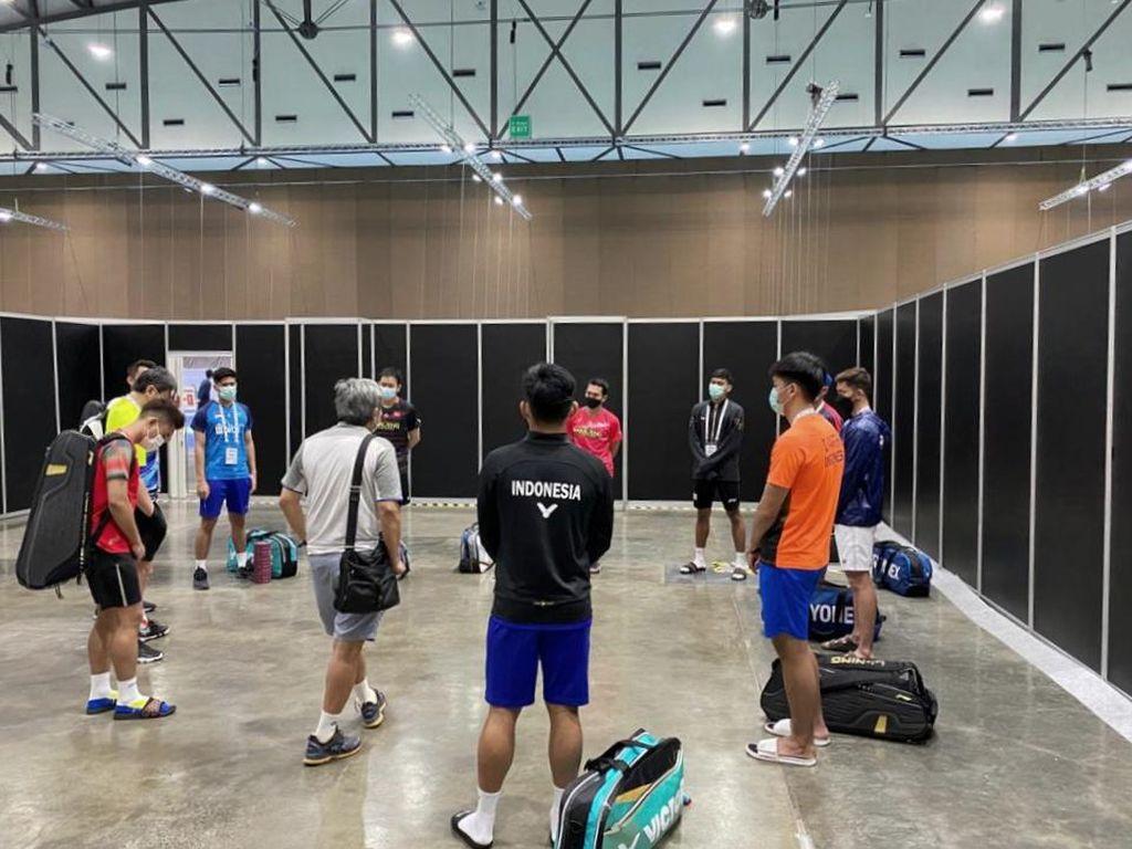 Tim Bulutangkis Indonesia Jalani Tes Swab Kedua di Thailand