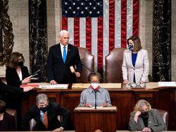 Kongres AS Resmi Sahkan Kemenangan Biden dalam Pilpres