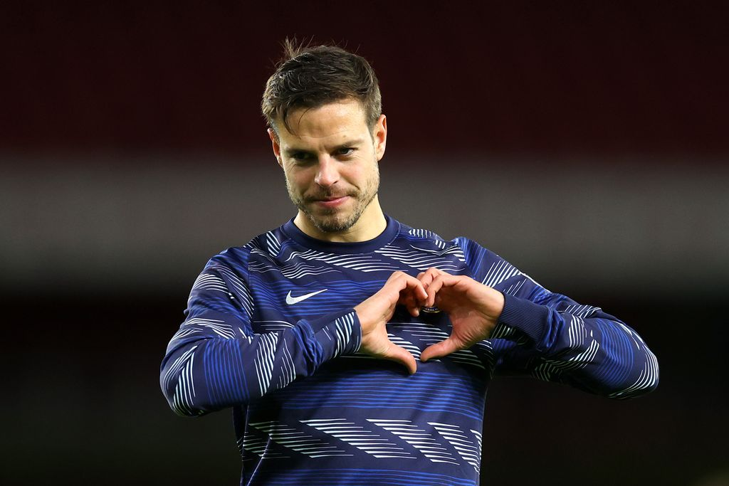 LONDON, ENGLAND - DECEMBER 26: Cesar Azpilicueta of Chelsea reacts during the warm up prior to the Premier League match between Arsenal and Chelsea at Emirates Stadium on December 26, 2020 in London, England. The match will be played without fans, behind closed doors as a Covid-19 precaution. (Photo by Julian Finney/Getty Images)