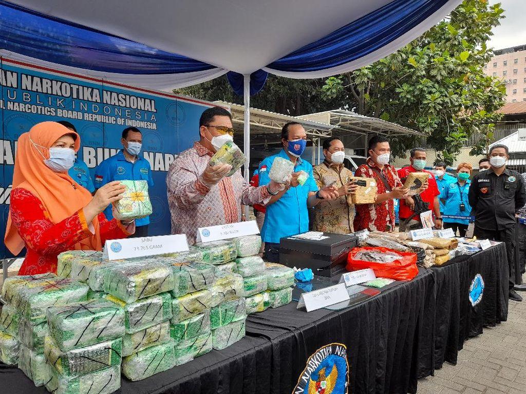 BNN Bongkar Peredaran Narkoba di Kampung Ambon Jakbar, 5 Orang Ditangkap