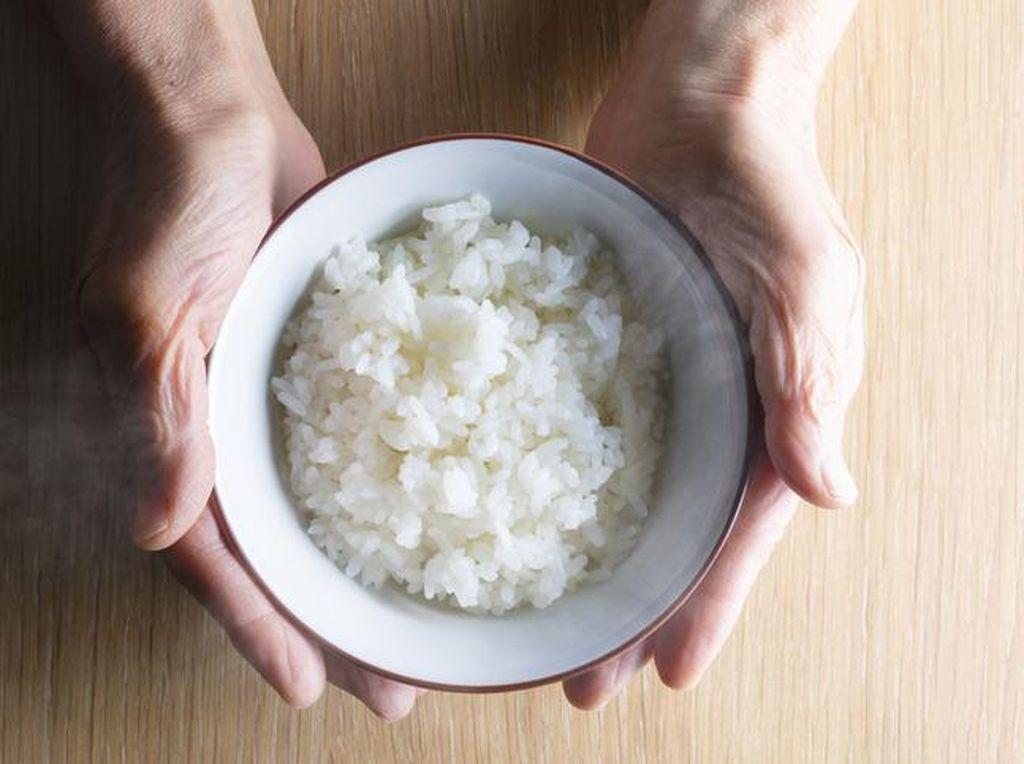 5 Bahaya Diet Tidak Makan Nasi atau Karbohidrat