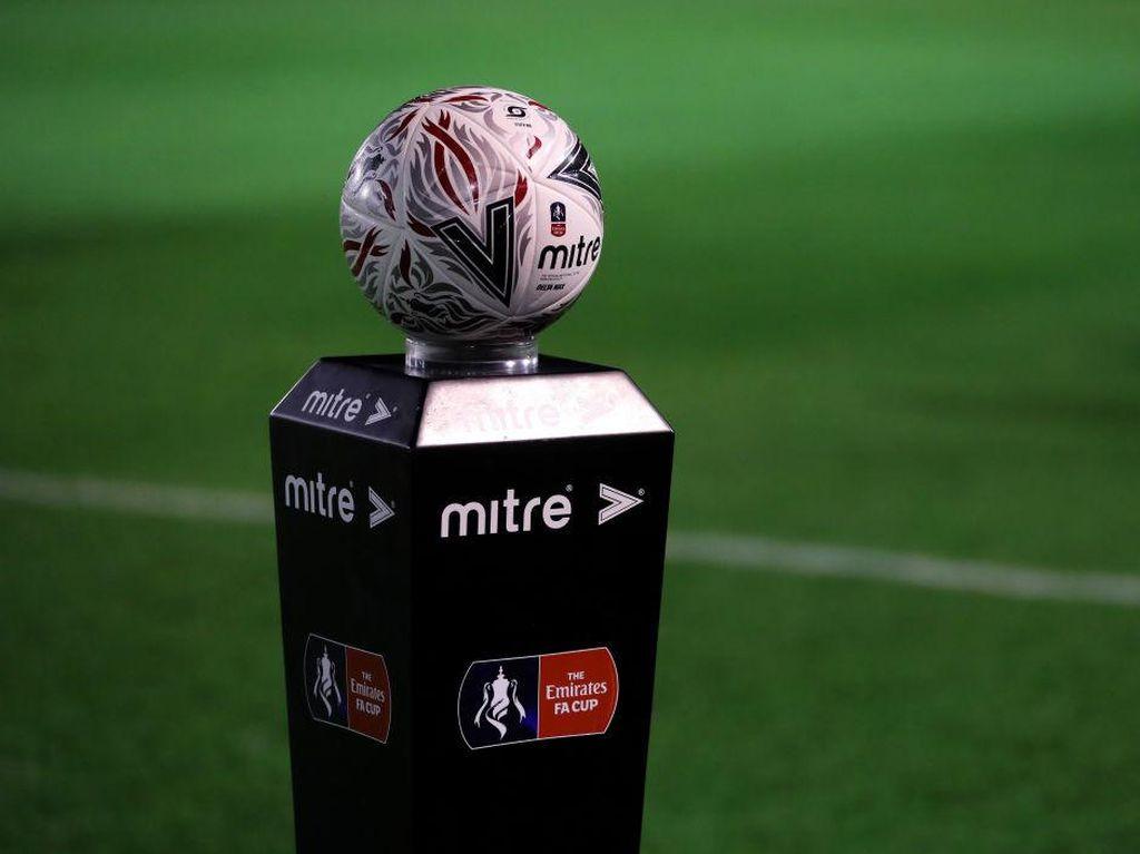 Inggris Sedang Lockdown, Tak Etis Jika Sepakbola Dilanjutkan