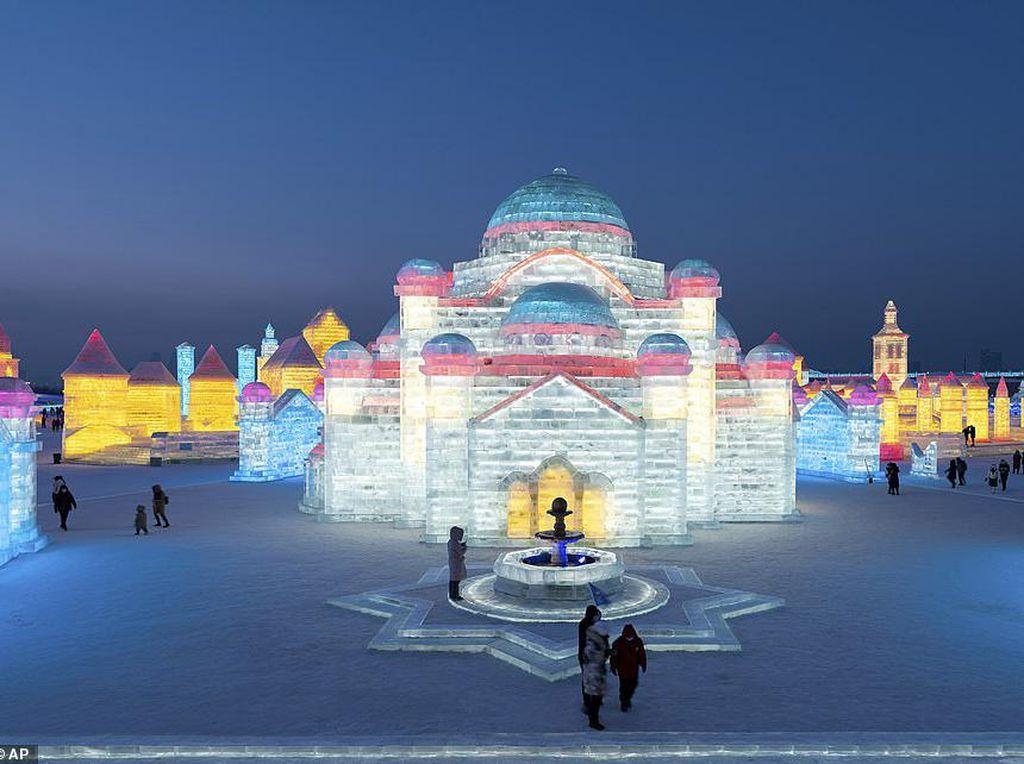 Festival Es Harbin China Tak Seperti Biasanya, Sepi