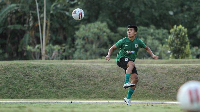 PSS Sleman Jefri Kurniawan menjadi pelatih SSB karena Shopee Liga 1 setop.