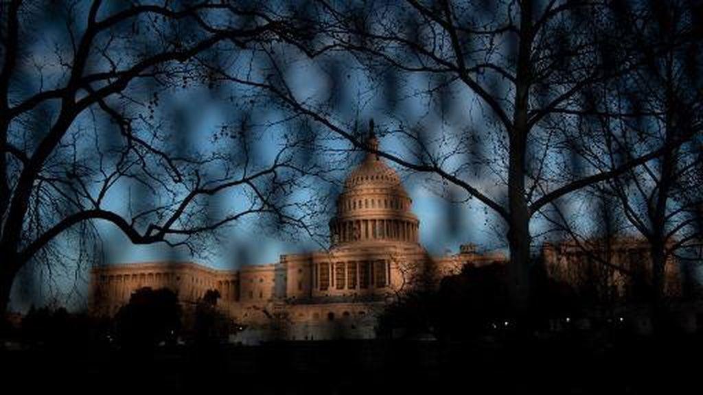 Pasca Rusuh, Gedung Capitol Dipagar