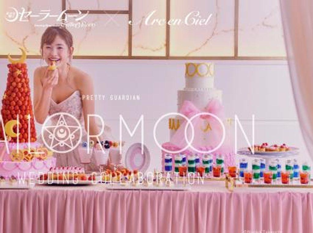 Unik! Pesta Nikah Ini Pakai Dekorasi dan Menu Serba Sailor Moon
