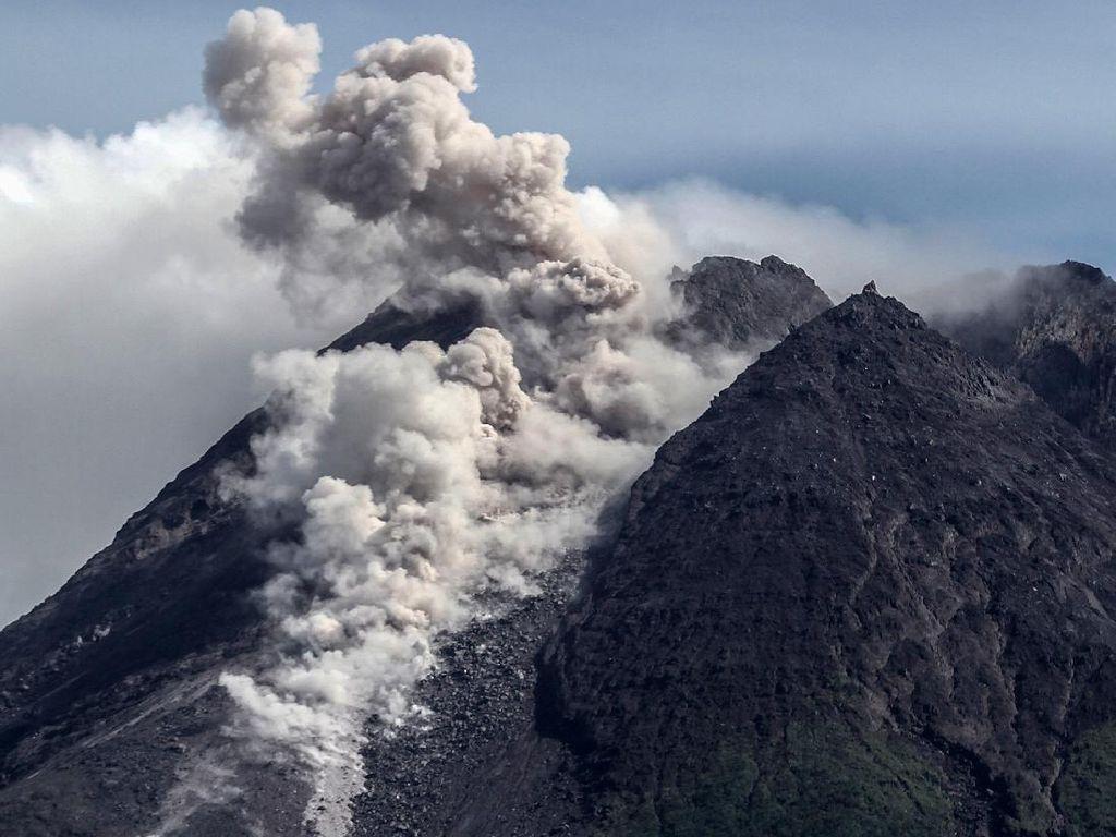 Hingga Petang Ini Terjadi 22 Guguran Lava Pijar di Gunung Merapi