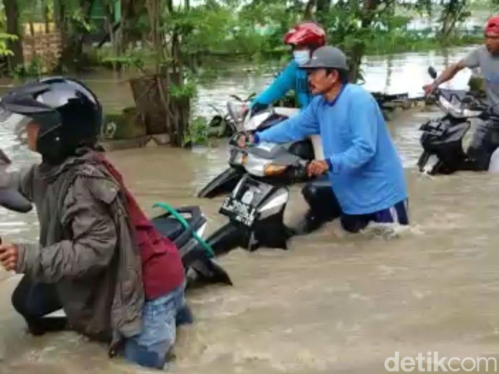 Banjir di Lamongan Kian Meluas, Terjang 38 Desa di Enam Kecamatan