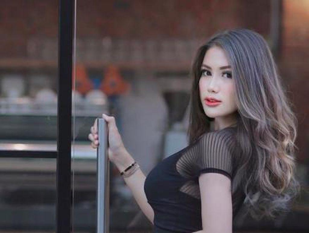 Video Baju Melorotnya Bikin Heboh, Melda Rosita Menangis Seharian