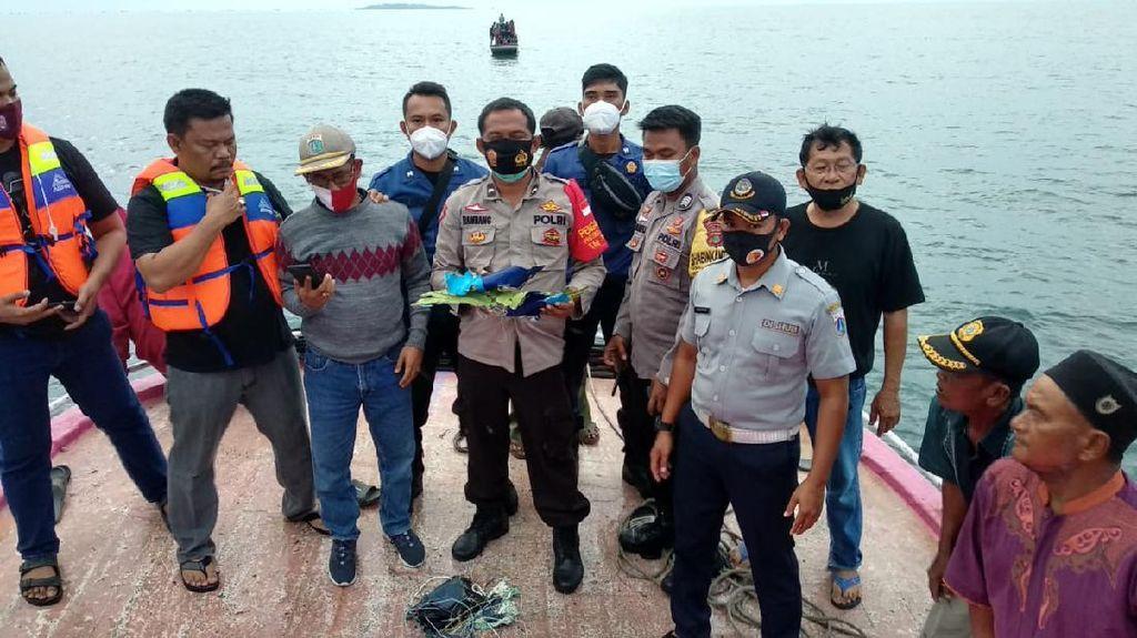 Puing-puing Diduga Pesawat Sriwijaya Air Ditemukan di Kepulauan Seribu