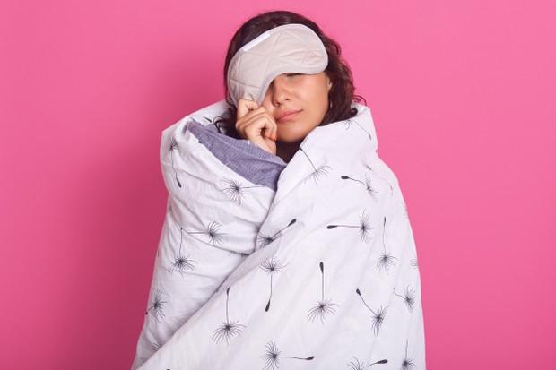 Tidak Menjalankan Pola Tidur Teratur