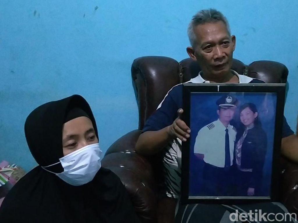 Keluarga Tak Sangka Pilot Nam Air Ikut Jadi Korban Sriwijaya Air Jatuh