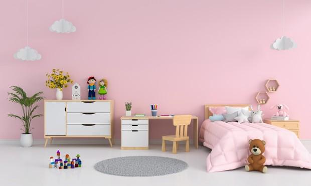 Kamar Tidur Warna Merah Muda