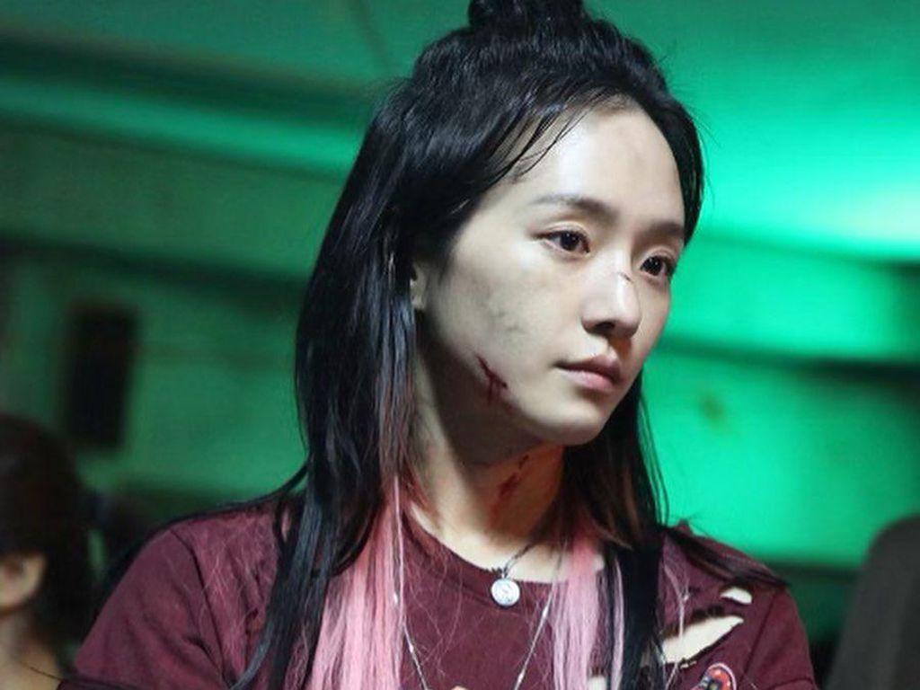 10 Potret Park Gyu Young, Si Cewek Badass di Sweet Home