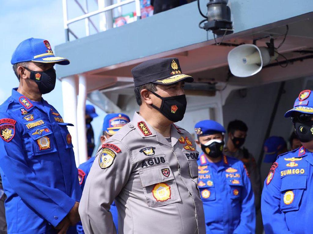 Kabaharkam Tinjau Evakuasi Sriwijaya Air: Polri Turunkan 207 Personel-15 Kapal