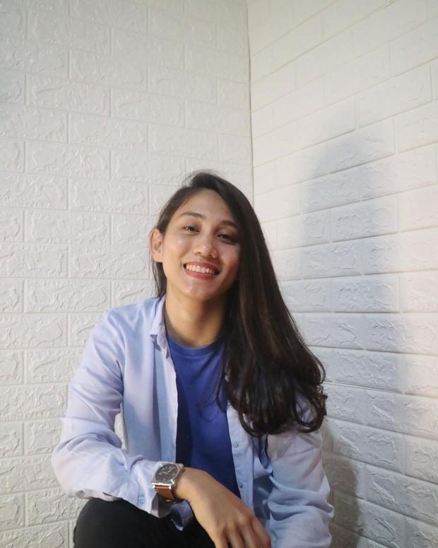 Athira Farina  cantik dengan wajah bare face/instagram.com/athirafarina