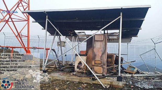 KKB membakar 2 tower Base Transceiver Station (BTS) milik Telkom yang mengakibatkan jaringan di Ilaga mati total. BTS Palapa Ring yang dibakar  yaitu BTS 4 yang terletak di perbukitan Pingeli di Distrik Omukia dan BTS 5 yang terletak di wilayah Muara yang terletak di Distrik Mabuggi Kabupaten Puncak. (Dok. Puspen TNI)