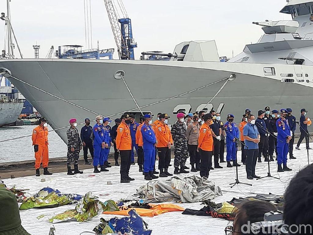 Tim SAR Gabungan Polri Temukan 14 Bagian Tubuh-53 Properti Sriwijaya Air