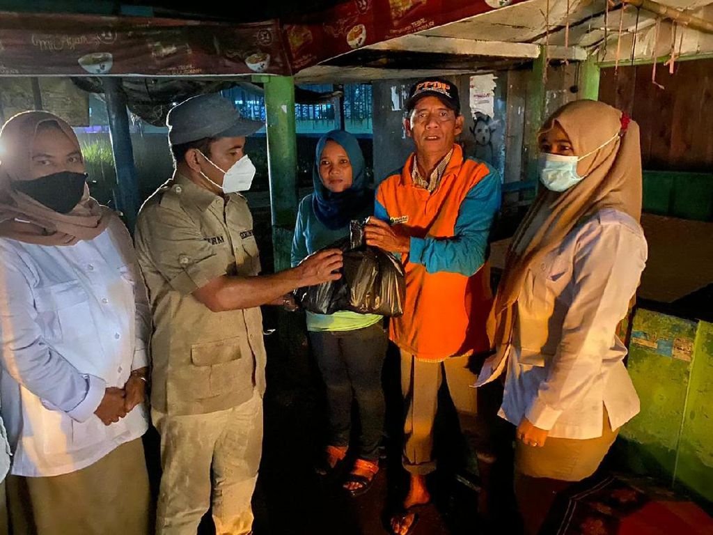 Andre Rosiade Kirim Bantuan Darurat ke Korban Banjir di Padang