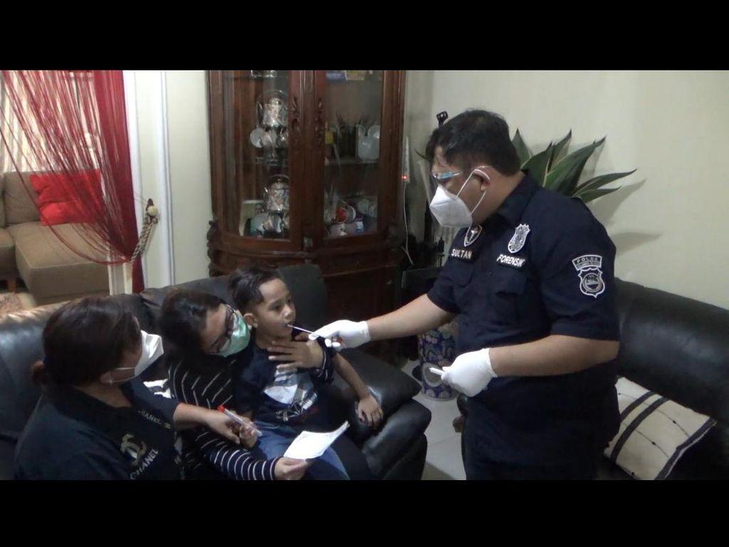 Polda Sulsel Ambil Sampel DNA Keluarga Korban Sriwijaya Air di Makassar