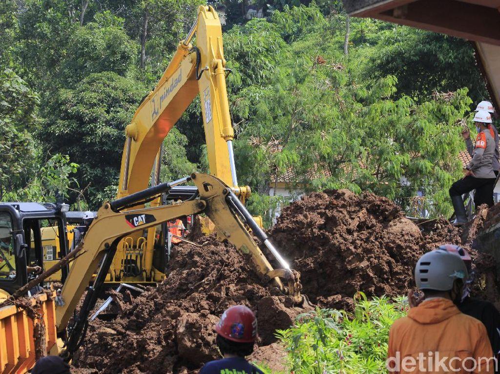 Aktivis Lingkungan Soroti Longsor Maut di Cimanggung Sumedang