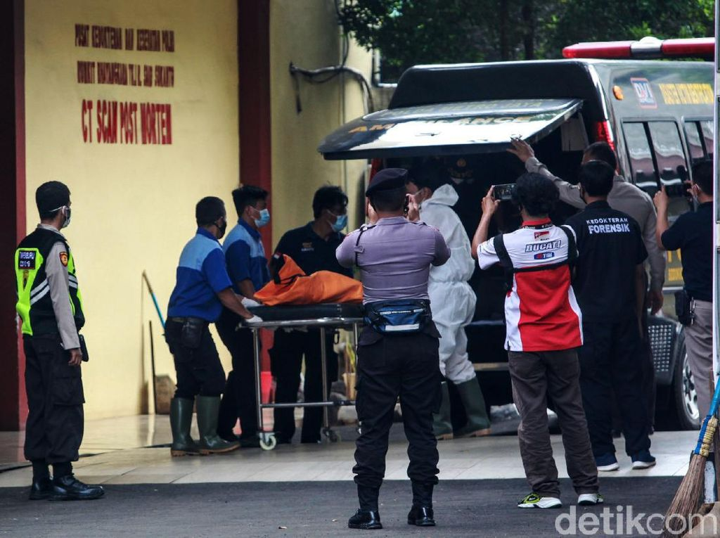 Operasi SAR Sriwijaya Dihentikan, DVI Polri Tetap Identifikasi Korban