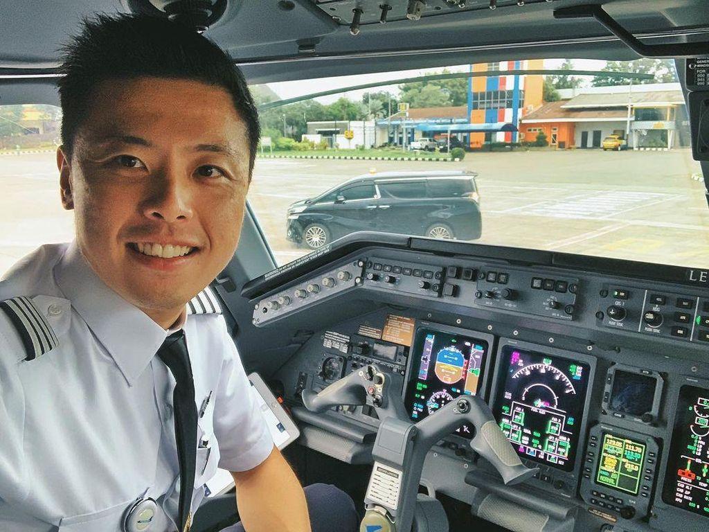 Kapten Vincent Bicara Banyak Faktor Penyebab Pesawat Jatuh