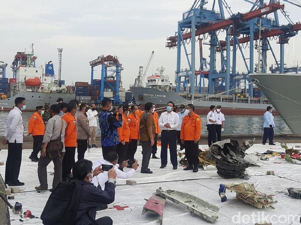Pimpinan DPR Minta Sriwijaya Air Ikut Ringankan Keluarga Korban