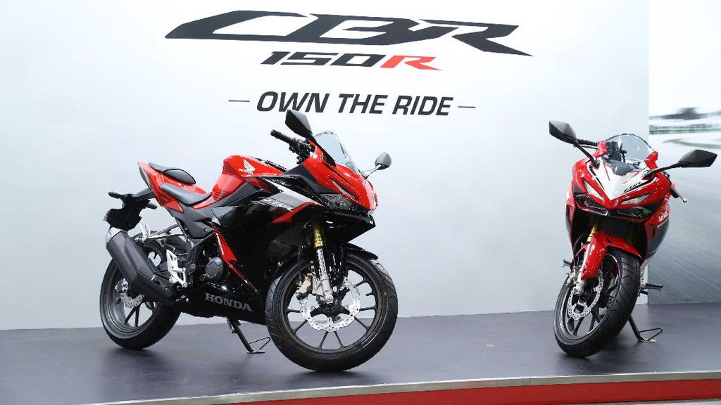 CBR150R Terbaru yang Mirip CBR250RR, Bak Pinang Dibelah Dua!